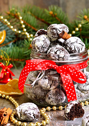 Chocolate Pepperment Crinkle Cookies